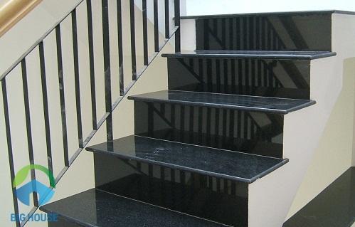 chọn kích thước gạch lát cầu thang lớn