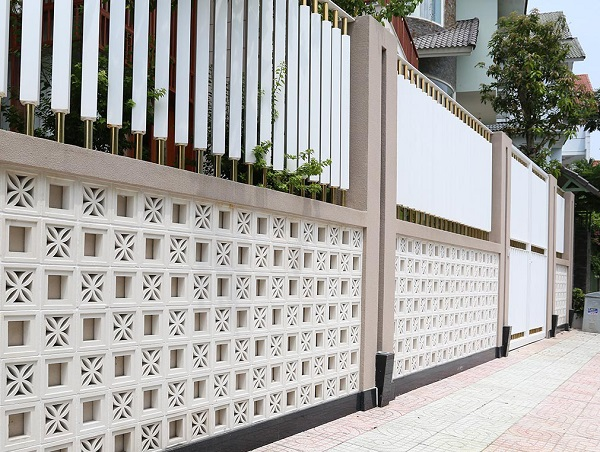 gạch bông gió trang trí tường rào sân vườn