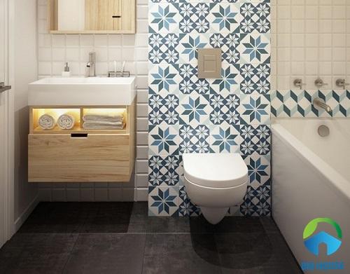 Mẫu gạch bông ốp tường màu xanh tươi mát cho phòng tắm