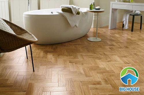 Gạch vân gỗ lát nền nhà tắm lát kiểu zic zắc