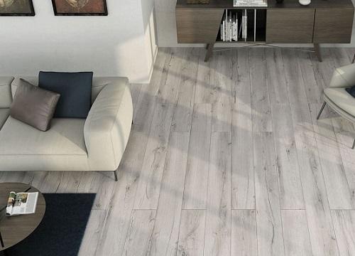 Mẫu gạch vân gỗ thanh dài màu xám nhạt