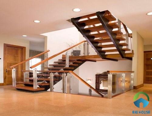 mẫu cầu thang chiếu nghỉ cầu thang bằng gỗ