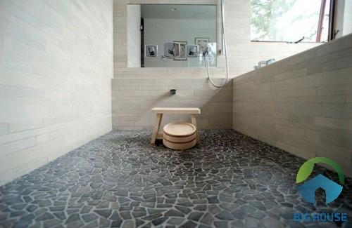 gạch chống trơn nhà tắm giả sỏi