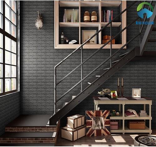 Gạch thẻ ốp tường cầu thang màu đen tối giản