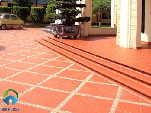 Mẫu gạch cotto lát bậc thềm cho công trình biệt thự