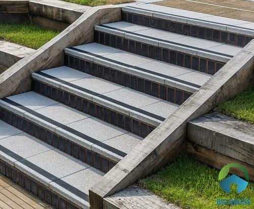 Mẫu gạch lát cầu thang giả đá cho bậc thềm cầu thang công viên