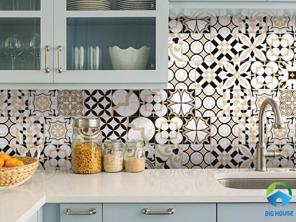 Gạch bông ốp bếp màu be sáng cho không gian tối giản