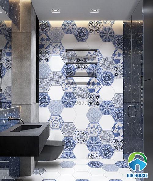 Gạch bông lục giác ốp tường màu xanh dương và gạch đơn sắc màu trắng