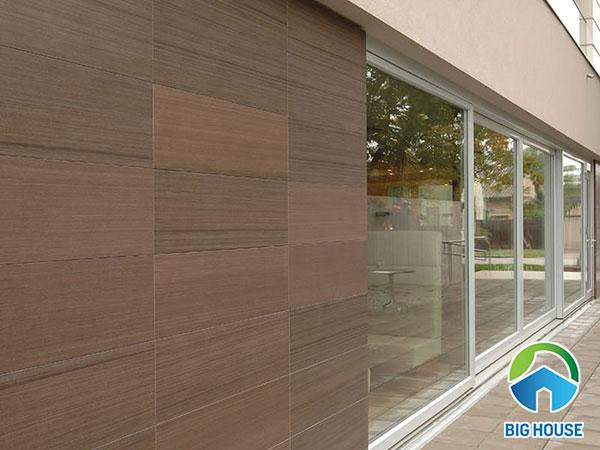 Gạch vân gỗ 30x60cm ốp tường ngoại thất màu nâu