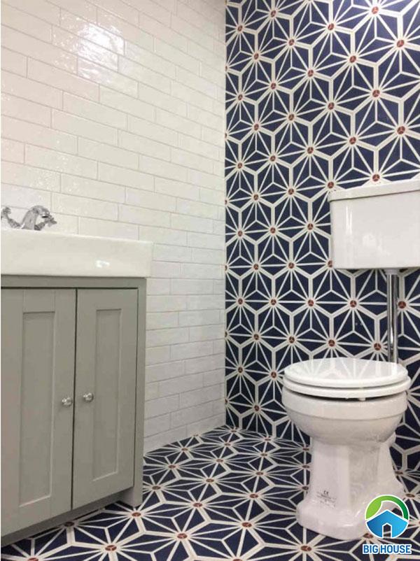 Gạch bông lục giác ốp nhà vệ sinh màu xanh lam