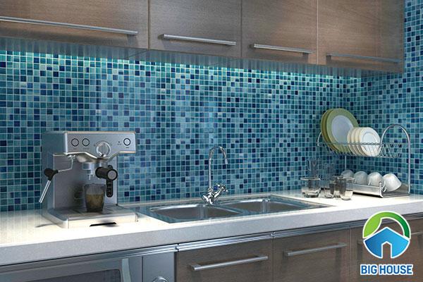 gạch mosaic màu xanh nước biển