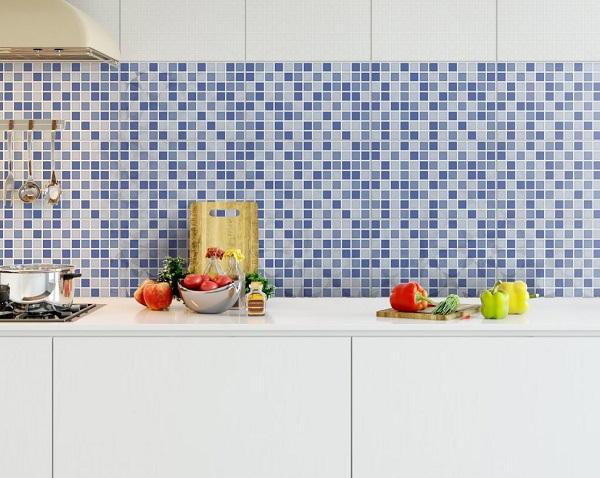 Gạch ốp tường prime 02504 họa tiết mosaic sang trọng với gam màu xanh dương sống động