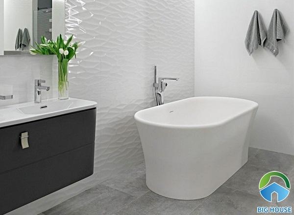 Gạch ốp men bóng cho phòng tắm giúp việc vệ sinh dễ dàng hơn