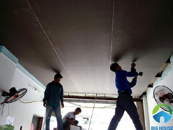 Gạch mát chống nóng ốp cho trần nhà