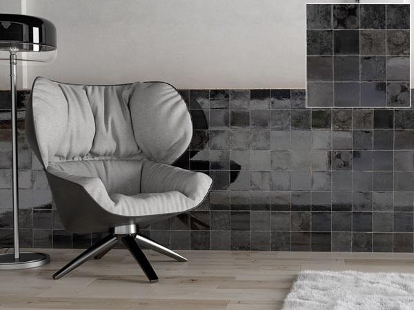 Gạch ốp chân tường họa tiết kẻ ô vuông đơn giản nhưng vẫn rất hiện đại