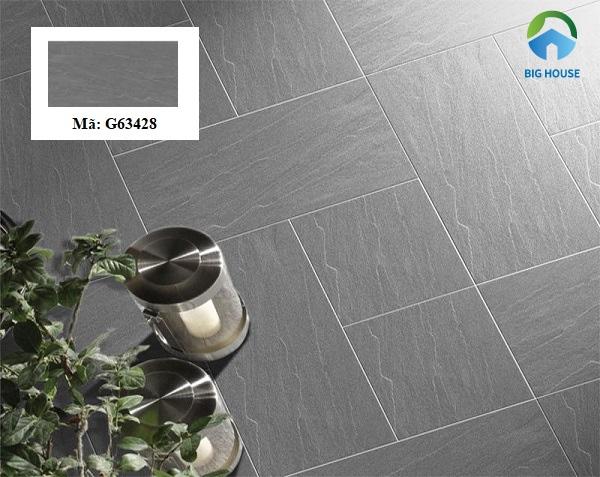 Gạch lát nền Taicera G63428 có bề mặt nhám, chống trơn tốt