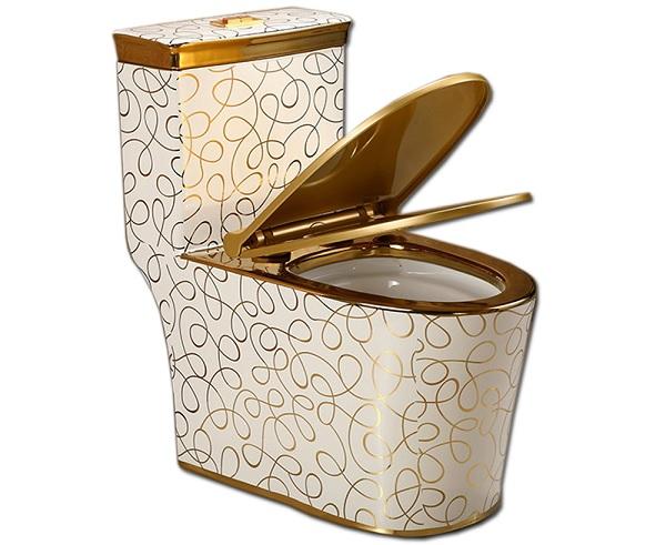 Mẫu thiết bị vệ sinh mạ vàng với họa tiết hoa văn cực sang trọng