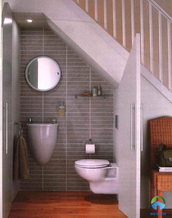 thiết kế nhà vệ sinh dưới gầm cầu thang phù hợp cho 1 người sử dụng