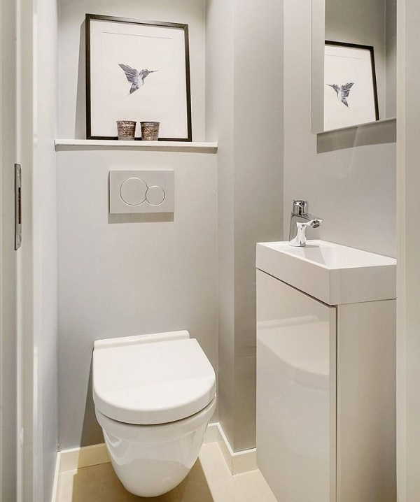 Sử dụng tông màu trắng cho toàn bộ tường nhà vệ sinh 1m2