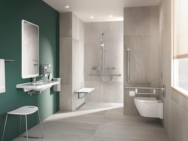 Mẫu thiết kế nhà vệ sinh cho người già đáp ứng tiêu chí thông thoáng